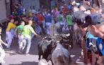 Los toros enfilan la calle Estafeta