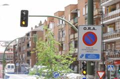 calle regulada con cartel de Zona Azul