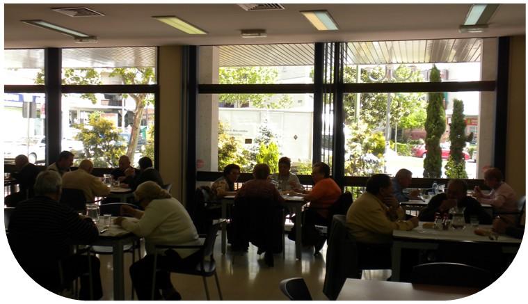 Foto del interior de  la cafetería del Centro Gloria Fuertes