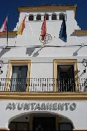 Fachada principal del edificio consistorial de SS de los Reyes.